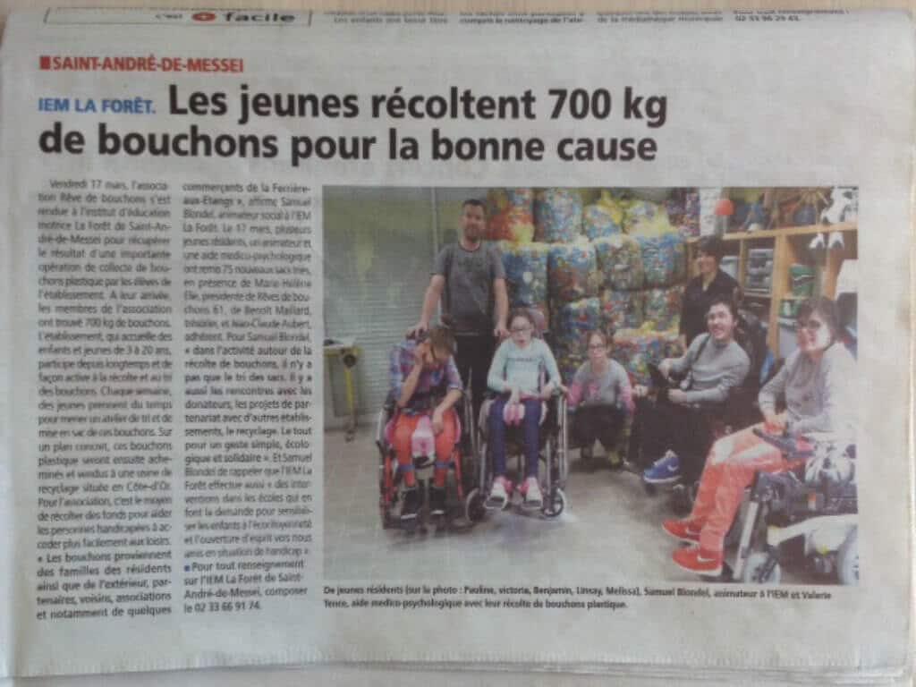 [PRESSE] Les jeunes de l'Institut d'éducation motrice La Forêt de Saint-André-de-Messei récoltent 700 kg de bouchons pour la bonne cause – Article de l'Orne Combattante du 24 mars 2017