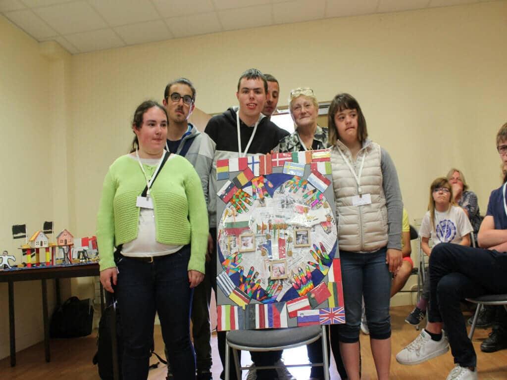 Présentation de l'affiche par les enfants de l'IME Ségur au concours EuropAffiche 30 mai 2017